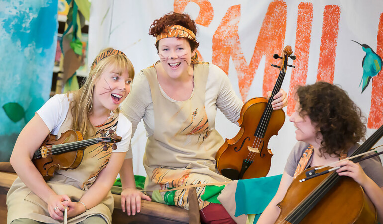 Early Years Music Show: Smile